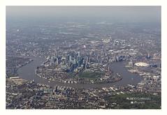 London (albertomazzei1) Tags: london england inghilterra londra aereo vista panorama panoramica centro town tamigi thames albertomazzei