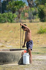 Rupununi #49 (*Amanda Richards) Tags: rupununi regionnine guyana 2018 well water fetchingwater wellwater boy