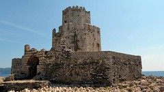 Bourtzi fortress at Methoni Castle IMG_7652 (mygreecetravelblog) Tags: greece peloponnese messenia messinia methoni methonicastle castle fortress archaeologicalsite historicsite ruins ancientruins ancientgreece ancientgreekruins outdoor landscape architecture building seafortress seacastle bourtzifortress bourtzicastle tower bourtzifortressatmethonicastle