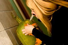 PumpkinParty.016.jpg (Jeremy Caney) Tags: monster katheleen pumpkincarving jackolanterns frankenstein halloween kathleen parties houseparties pumpkins