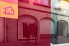 Colmar (Alsace) 30. März 2018 (karlheinz klingbeil) Tags: strumpfhose menintights tights fashion city tradefair collant frankreich spiegelung alsace manninstrumpfhose stadt reflection france markt mode colmar grandest fr