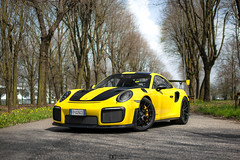 Shooting the GT2RS. (David Clemente Photography) Tags: porsche porschegt2rs porschegt2 gt2 gt2rs 991gt2rs 991gt2 nikonphotography photography autodromomonza cars supercars hypercars
