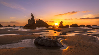 Sunset Colors at Ocean (Bandon Beach, Oregon coast)