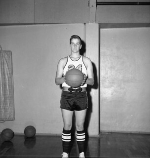Gary Williams prepares for a Basketball free throw in 1966