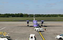 G-JEDP de Havilland Canada DHC-8-402 Dash 8, flybe, Edinburgh Airport, Edinburgh, Scotland (Kev Slade Too) Tags: gjedp dehavillandcanada dhc dhc8 dash8 bombardier be294 flybe egph edinburghairport edinburgh scotland