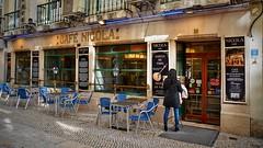 710_8426z (A. Neto) Tags: sigmadc18250macrohsmos sigma nikond7100 nikon d7100 color portugal lisboa lisbon street architecture cityview people storefront