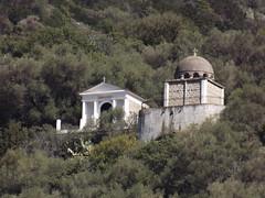 Ota: tombeaux dans la montagne (Vincentello) Tags: ota tombeau montagne mountain