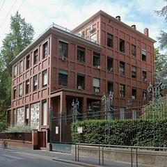milano (Jörn Schiemann) Tags: giovanni muzio milan architecture brick palazzodellaprovincia