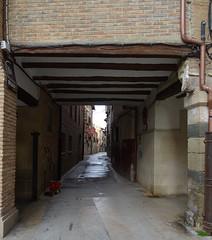 Plaza de Santa Maria a calle El Medio Los Arcos Navarra (Rafael Gomez - http://micamara.es) Tags: plaza de santa maria calle el medio los arcos navarra