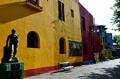 Buenos Aires (makingacross) Tags: buenos aires argentina buenosaires city la boca laboca barrio colour colourful caminito statue lamppost nikon d3000