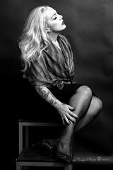 Marlene Dietrich-445-3 (Adriana.Britto) Tags: ensaio retrato portrait foto photo fotografia photography loira blonde blond model mature blackwhite blackandwhite pb pbr pretoebranco people art
