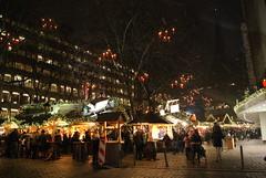 DSC03623 (margaret.metzler) Tags: 2012 hamburg germany deutschland winter weihnachten festive weihnachtsmarkt christmasmarket christmas snow gerharthauptmannplatz night