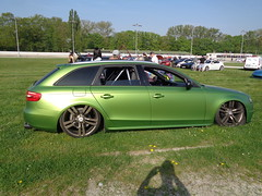 Audi A4 Avant (911gt2rs) Tags: treffen meeting show event tuning trabrennbahn dinslaken kombi tief low slammed airride fahrwerk airlift grün green wagon s4 überrollbügel b8