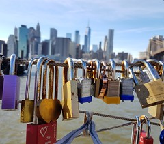 Locked Skyline (Bastian_Schmidt) Tags: lock locked love manhattan ny nyc newyork samsung bokeh creative art colors colours