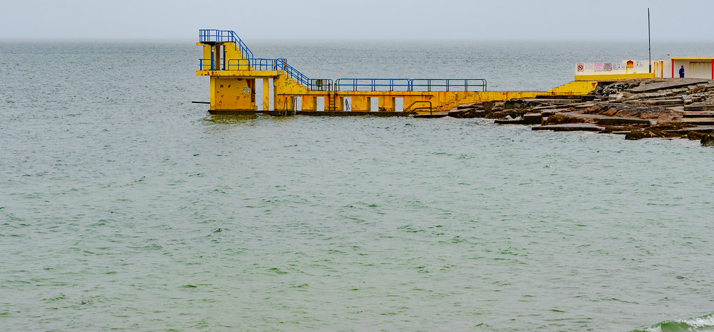 ANOTHER ATTEMPT TO PHOTOGRAPH SALTHILL IN GALWAY [ I RAINED AND RAINED AND RAINED]-141452