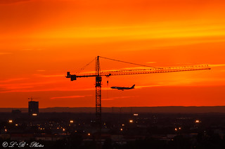 Sun, plane and crane did not land in Spain ;-)