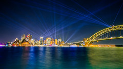 2018 Vivid Sydney (autrant) Tags: sydney sydneyharbourbridge sydneyoperahouse vividsydney light lightshow city night water 悉尼 悉尼歌剧院 悉尼大桥 城市