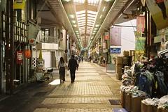 夕方の商店街 (tripl8_i) Tags: af nikkor 3570mm nikon f80