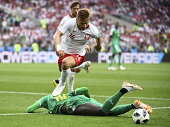 FBL-WC-2018-MATCH15-POL-SEN (Cromos_) Tags: topshots horizontal coupedumonde football chute actionsportenpied moscow russia