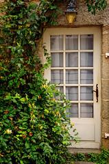 Concarneau (Massimo Frasson) Tags: francia france bretagna bretagne breizh bzh finistère concarneau centrostorico oldcity pittoresco architettura arte medioevo porta pianta giardino ingresso
