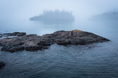 Mity Morning at Split Rock 20180525-DSC07432 (Prairieworks Pictures) Tags: sonyalpha 1805xxnorthshore blue ellingsonisland island lake lakesuperior minnesota morning river zeiss fog landscape loxia loxia235 mist nature rocks rocksandwaters sony spring water woods