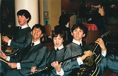 London (Pablo Dijkstra) Tags: london uk program madame tussaud the beatles fab four 4 mop tops minolta vectis 2000 guitars drum sticks ties england film europe