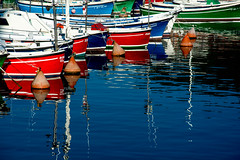 barcas de pesca (martineugenio) Tags: reflect water boats sea harbour