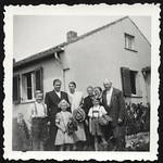 Archiv P147 Besuch bei den Großeltern, 9. August 1951 thumbnail