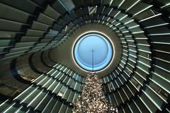 "Lobby ""The Fontenay Hotel"" (Elbmaedchen) Tags: kuppel hotel thefontenay hamburg interior lamellen lookingup geometrie architektur architecture lobby rotherbaum alster luxus"