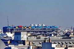 602 Paris en Février 2018 - le Centre Beaubourg (paspog) Tags: paris france février februar february 2018 toitsdeparis toits roofs decken centrebeaubourg centrepompidou beaubourg