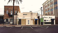 mesa 01332 (m.r. nelson) Tags: mesa arizona america southwest usa mrnelson marknelson markinaz streetphotography urban color coloristpotographynewtopographic urbanlandscape artphotography