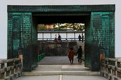 二条城 (geertrinkel) Tags: castle nijojo nijo kyoto japan japanese gate bridge wall 二条城 お城 城郭 門 京都市 京都府