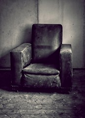 I see a clinic full of cynics Who want to twist the peoples' wrist They're watching every move we make We're all included on the list (Livesurfcams) Tags: fuji xt1 devon abandoned leather tubchair artdeco