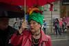 Paseando bajo la lluvia (Angeles h) Tags: paraguas sombreros lluvia barcelona callejeando streets colores