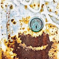 """""""Heaven's Gate"""" (Halvorsong) Tags: rust rusty rusted oxidization oxidized old weathered urban city nashville patina art composition explore discovery discover street wall walls hiddengems decay elements metal oldschool closeup photography photosafari impressionism vintage corrosion texture textures textured"""