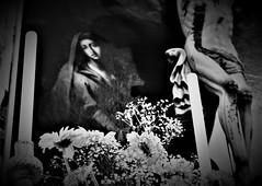 Stabat mater (angelapupillo) Tags: madre pittura pasqua easter chiesa mother passione cristo morte
