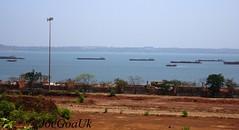 Barges with loaded Iron ore (joegoauk73) Tags: joegoauk goa vasco