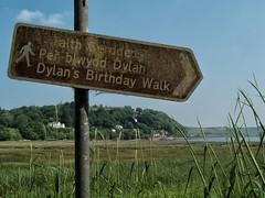 The birthday walk (World of Izon) Tags: poets dylanthomas laugharne wales estuary sign dylan thomas
