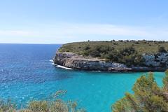 Mallorca, Espana (LeszekZadlo) Tags: spain mallorca sea mar rocks geology europe eu ue nature natureza naturaleza landscape blue green water mediterraneo island landschaft paisaye cliff