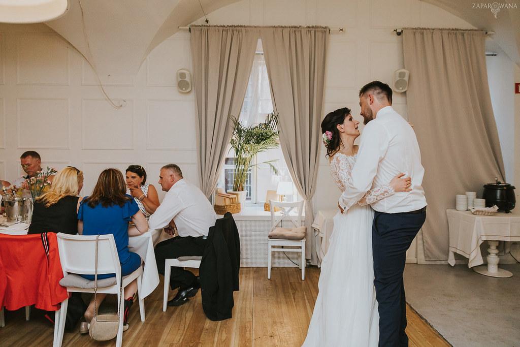 528 - ZAPAROWANA - Kameralny ślub z weselem w Bistro Warszawa