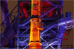 Industrie-Popart (geka_photo) Tags: gekaphoto duisburg nordrheinwestfalen deutschland ruhrgebiet rurpott lapadu landschaftsparkduisburg industrie industriefotografie illuminiert