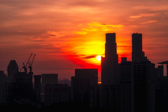 DSC06185 (yimING_) Tags: sunrise cityscape morning singapore carlzeiss135mmf2 aposonnart2135
