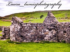 32845210_10156426840703756_7568860693525430272_n (laura_lumixphotography) Tags: ruins ireland building old dragonstone cliffs