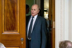 Chief of Staff Advised a Resistant Trump to Fire the E.P.A. Chief (psbsve) Tags: noticias curioso movie interesante video news imágenes world mundo información política peliculas sucesos acontecimientos entertainment