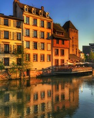 Strasbourg - petite France (olivierurban) Tags: strasbourg petitefrance ill reflets couchant