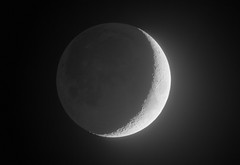 The High Dynamic Moon 19.04.18 (Luke_Oliver) Tags: moon crater craters limb terminator full crescent