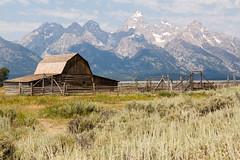 GRAND TETON -Mormon Row Historic District-05 (TravelKees) Tags: usa vakantie barn grandteton nationalpark wyoming