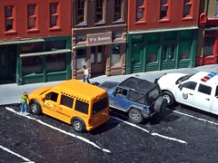 Parking ,court and hair  3/27/2018 (THE RANGE PRODUCTIONS) Tags: greenlight model matchbox modular fordtransit jeepwrangler ram1500 diecast diecastdioramas dioramas dodge hoscalefigures hoscale 164scale toy building