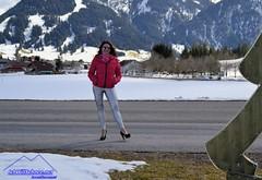 Sonnenskilauf in Tannheim, 03/18. (IchWillMehrPortale) Tags: tannheimer tal tannheim zöbelen schattwald grän jungholz schnee ski berge skikurs skilehrer rotflüh hotel ferien winterurlaub haldensee carven alpin traumurlaub pulverschnee wintersonne sexy winterwonderland highheels stiefel ichwillschnee skiprofi ricci t tauscher latex lack glänzend shiny lackhose leggings ballonglühen heisluftballon melli engel e heels neunerköpfle gundlift ice age vilsalpsee