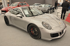 Porsche 911 Carrera 4 GTS (jfhweb) Tags: jeffweb sportauto sportcar racecar supercar gt voituredecourse historicalcar voituredecollection voituregrandtourisme voituredesport voiturehistorique vehiculehistorique avignonmotorfestival amf2018 avignon amf porsche 911 carrera